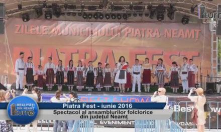 Spectacol al ansamblurilor folclorice din judetul Neamt – partea 1