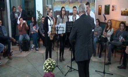 """Festivalul """"poezia tânără.ro""""; colocviul """"Generaţia 2000 plus. O certitudine?""""prima parte"""