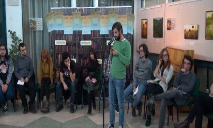 """Festivalul """"poezia tânără.ro""""; colocviul """"Generaţia 2000 plus. O certitudine?""""partea a doua"""