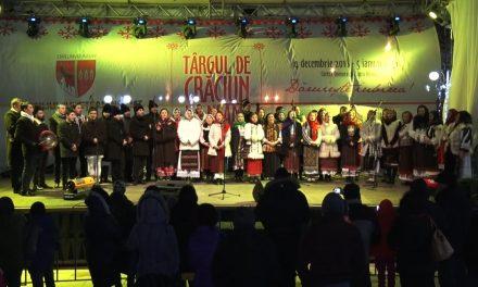Târgul de Crăciun – Ansamblul de Muzică Tradițională Icoane Moldave