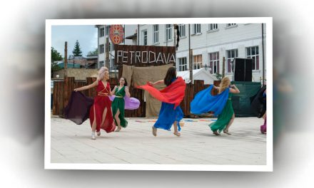 Festivalul Dacic Petrodava ediţia a II a ( prima zi )