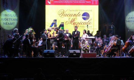 Vacanțe Muzicale 2017 – SEARA MUZICII CROSSOVER