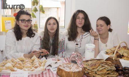 """""""Toamna la Izvor – Festivalul Plăcintelor """""""