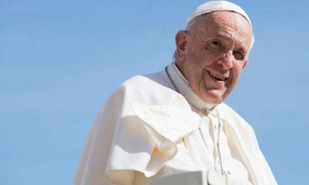 Mânăstirea Petru Vodă, împotriva vizitei Papei în România