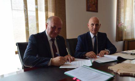 Contract de finanțare pentru două proiecte europene semnat de primăria municipiului Piatra Neamț