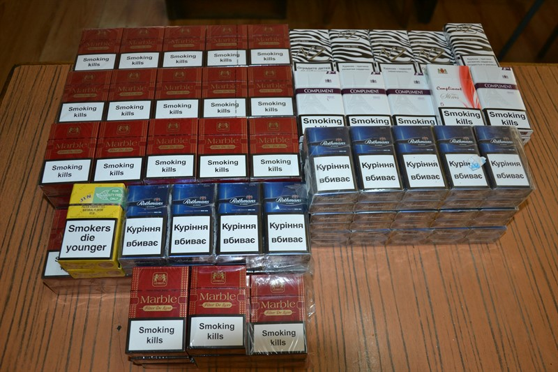 Peste 30.000 de țigări de contrabandă confiscate de polițiștii nemțeni!