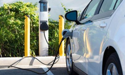 Șase stații de încărcare a mașinilor electrice în Piatra-Neamț