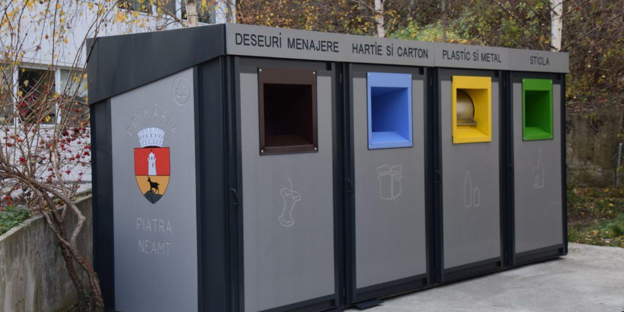 Au început lucrările de înlocuire a pubelelor pentru deșeuri în Piatra-Neamț