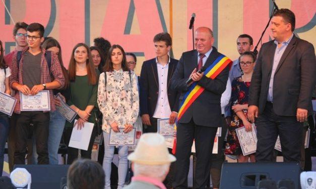 Municipalitatea pietreană premiază și anul acesta performanța fiecărei generații